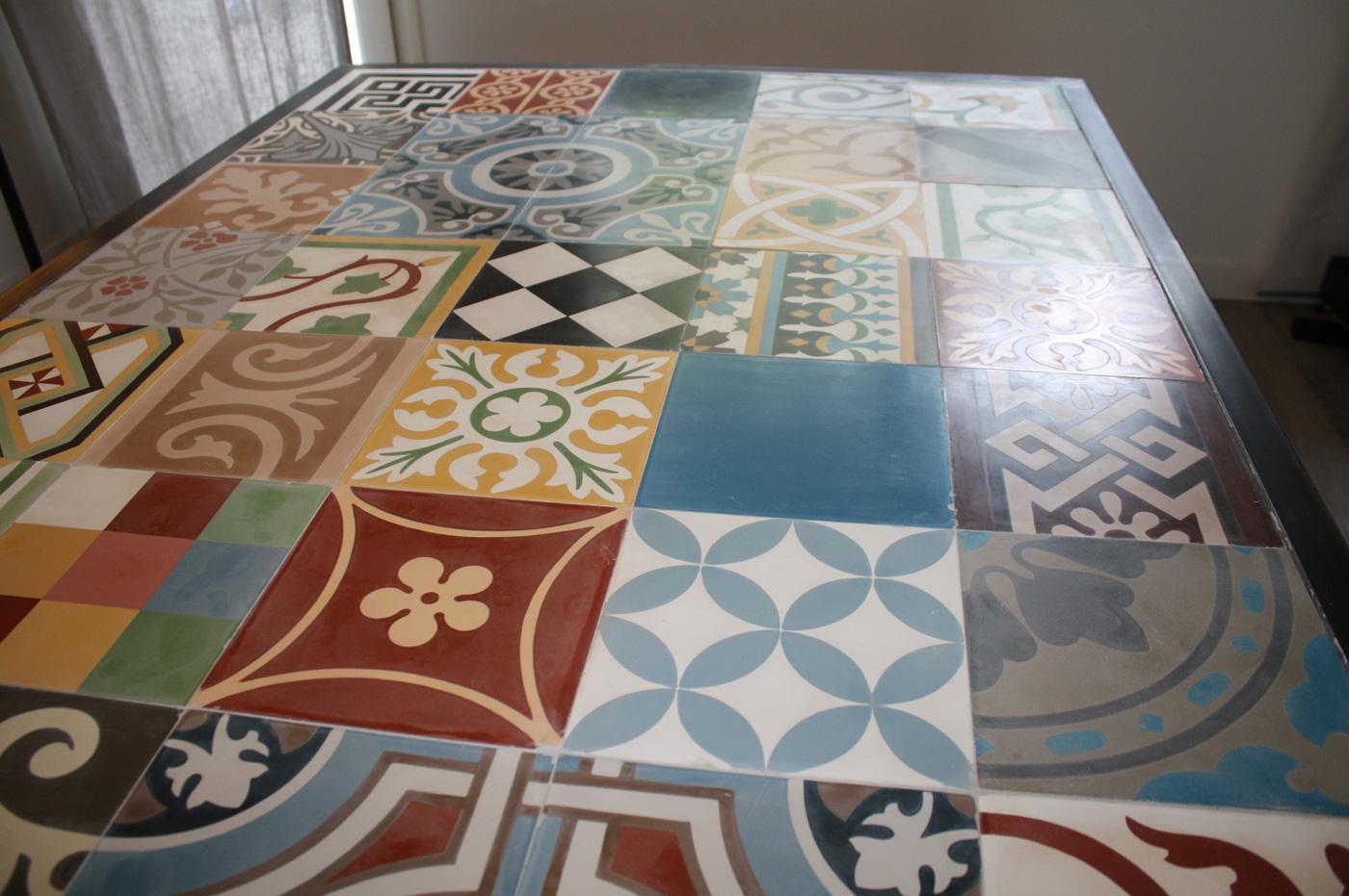 Table mosaïque carreaux de ciment - détail